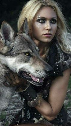 Fortuna and the werewolf she saves.) Fortuna and the werewolf she saves. Foto Fantasy, Fantasy Art, Fantasy Quotes, Fantasy Photography, Photography Women, Warrior Princess, Fantasy Characters, Female Characters, Character Inspiration