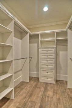 closet dreams..think I should make one of the bedrooms over into this