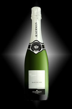 BLANC DE NOIR of the House of Ackerman - Exclusively made from black grapes – Round and fruity on the palate with a long lemony finish. It was awarded a Gold Medal at the Best Sparkling Wines of the World Competition in 2013.