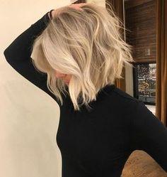 Medium Layered Haircuts, Blonde Bob Hairstyles, Choppy Bob Hairstyles, Layered Hairstyles, Medium Choppy Bob, Medium Blonde Bob, Hairstyles 2018, Blonde Bob Haircut, Long Blonde Haircuts