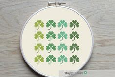 modern cross stitch pattern shamrock PDF   instant par Happinesst