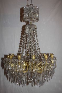Ancien lustre en cristal de Portieux