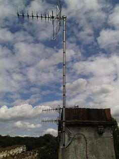 High Gain Wide Band TV Aerial Installation