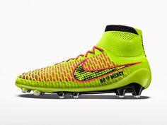 Инновация в футболе: Nike Magista — новое направление в дизайне профессиональной спортивной обуви