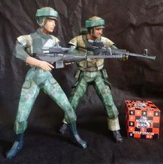 Star Wars - Endor Strike Team Paper Models - by Noturno Sukhoi - == - Created by Noturno Sukhoi team, these two characters are part of the Endor Strike Team, from Star Wars universe.