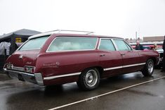 Even Grandma's grocery getter was cool if it was an Impala 1967 Chevy Impala, 67 Impala, Chevrolet Chevelle, Beach Wagon, Station Wagon Cars, Automobile, Old Wagons, Gm Car, Cute Images