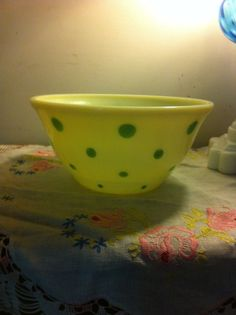 Vintage Pyrex Green Polka Dot. 4 Quart Mixing Bowl #404 #Pyrex ...