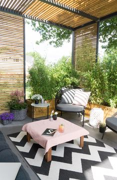 Terrasse Lounge You are in the right place about Planting Ideas india Here we offer you the most beautiful pictures about the cool Planting Ideas you are looking for. When you examine the Terrasse Lou Diy Pergola, Pergola Ideas For Patio, Pergola Canopy, Small Backyard Landscaping, Pergola Plans, Gazebo, Pergola Kits, Small Patio, Lounge Furniture