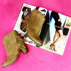 Stylish Fringe Western Booties