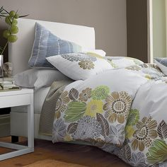 #TCSSpring - Longwood Floral Duvet Cover/Comforter Cover and Sham - Perfect for those cool, breezy spring evenings to keep you warm even thought the windows are open