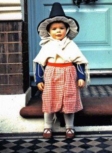 Welsh, a portion of my very, very undefined and mixed ethnicity Beautiful Children, Beautiful Babies, North Wales, Wales Uk, Welsh Lady, Prince, Cymru, My Heritage, Traditional Dresses