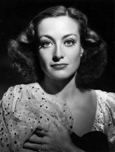 Joan Crawford was an American actress in film, television and theatre. Charming, beautifully, effectively and seductively - Joan Crawford was voted the tenth greatest female star in the history of American cinema by the American Film Institute. Golden Age Of Hollywood, Vintage Hollywood, Hollywood Stars, Classic Hollywood, Hollywood Glamour, Hollywood Icons, Hollywood Divas, Joan Crawford, Chace Crawford