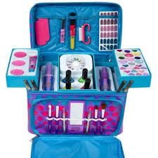 Dot Mega Makeup Kit for kids Beauty Kit, Beauty Shop, Beauty Makeup, Childrens Toy Storage, Baby Toy Storage, Makeup Kit For Kids, Kids Makeup, Kids Toys For Christmas, Justice Makeup
