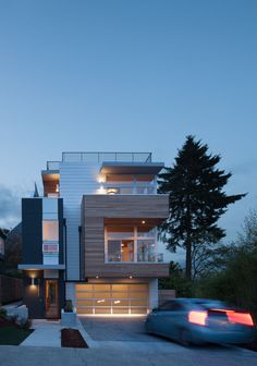 Exterior of Seattle home / JW Architects
