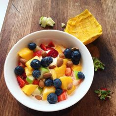 @powerstartsuperfood_ cereal topped with @chobaniau natural Greek yoghurt with mango strawberries blueberries Apple and almond milk.  #raw #organic #vegan #healthy #vegetarian #wholesome #wholefoods #nutrition #nutritious #dessert #refinedsugarfree #glutenfree #dairyfree #veggies #foodisfuel #natural #torquay #janjuc #anglesea #surfcoast by issys_belly http://ift.tt/1X8VXis
