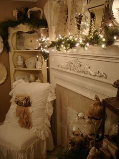 Shabby Christmas mantle