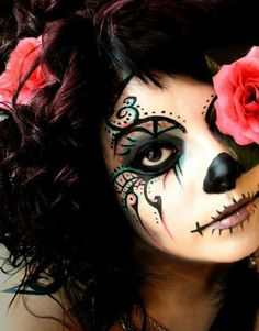 Beautiful day of the dead sugar skull Halloween make up Sugar Skull Makeup, Sugar Skull Art, Sugar Skulls, Sugar Skull Face Paint, Dead Makeup, Fx Makeup, Makeup Ideas, Maquillaje Sugar Skull, Theatrical Makeup