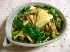 おぼろ豆腐のキノコあんかけ丼