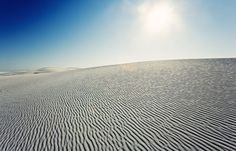 White Sands National Monument, New Mexico by Redditor zantopper, reddit thread: http://www.reddit.com/r/EarthPorn/comments/ulapc/white_sands_national_monument_new_mexico/