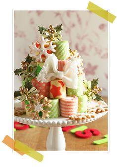 クリスマスロールケーキタワー Fancy Cakes, Mini Cakes, Cupcake Cakes, Roll Cakes, Fudge Cake, Brownie Cake, Tapas, Custard Cake, Gingerbread Cake