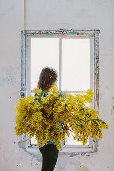 """mimieux: """"(vía Floral Portraits By Luisa Brimble @ Lushlee) """""""
