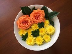 Domestically Challenged: Home, Kitchen and Garden For the Rest of Us : Orange Roses and Yellow Mums