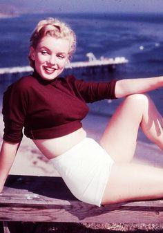 Marilyn Monroe in 1950 © J.R Eyerman.