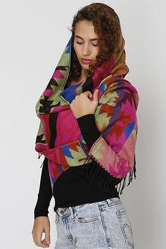 Colorful aztec μάλλινο φουλάρι Fall Scarves, Style, Fashion, Moda, La Mode, Fasion, Fashion Models, Trendy Fashion