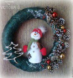 Купить Рождественский венок - комбинированный, венок рождественский, венок новогодний, снеговик, рождественский декор
