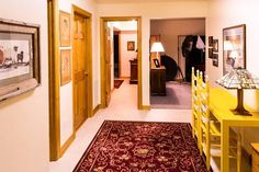 Need to Upgrade Your Old Home? 4 Improvements You Might Have Overlooked - Beauty and the Mist Interior Designers In Hyderabad, Top Interior Designers, Carpet Flooring, Rugs On Carpet, Carpets, Stair Carpet, Drawing Room Design, Stain Remover Carpet, Carpet Stores
