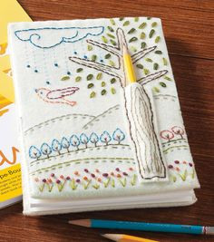 Embroidered Doodle Notebook -free pattern that I would love to try. The pencil holder is great. Embroidery Stitches, Embroidery Patterns, Hand Embroidery, Fabric Crafts, Sewing Crafts, Sewing Projects, Craft Projects, Fabric Book Covers, Art Du Fil
