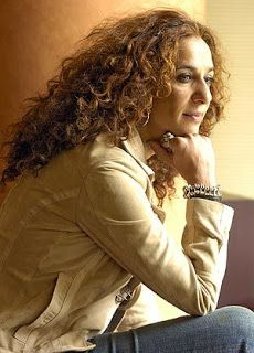 Rosario Flores is a two-time Latin Grammy Award-winning Spanish gypsy singer and actress. She was born in Madrid, Spain, as the daughter of Antonio González and Lola Flores. Spanish Gypsy, Warner Music, Divas, Actors, Female Singers, My Music, My Hair, Curly Hair Styles, Cool Outfits