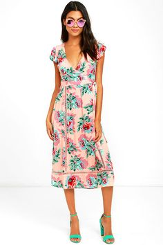 Bring a little sunshine wherever you are with the Mink Pink Parade About Blush Pink Floral Print Midi Dress! Blush pink woven rayon has…