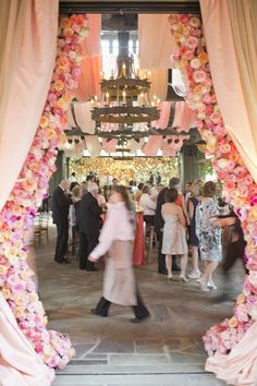 sheering + florals   @Calder Clark   blossoms events   harwell photography
