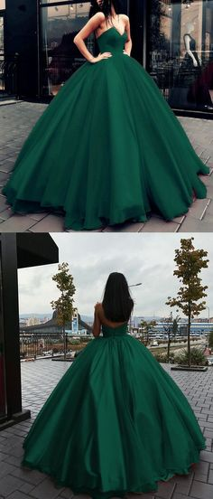 Princess Style Dark Green Tulle Ball Gowns Prom Dresses V-neck Bodice  Corset Quinceanera Dresses 17ac1b18fe