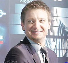 "inrenneridotrust: "" jmp7095: "" ruuuzek: "" "" Jeremy Renner Tongue Porn 
