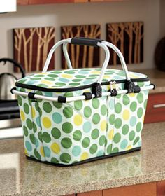 Keep drinks and snacks chilled at picnics and other outdoor events with this Collapsible Insulated Tote Basket. Easy to take for any outdoor gathering