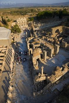 Aerial view of Ephesus, Turkey Ancient Greek Architecture, Roman Architecture, Oh The Places You'll Go, Places To Visit, Ancient Rome, Ancient Greece, Architecture Classique, Ephesus, Ancient Civilizations