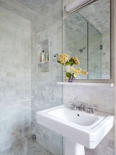 Marble tiled walls and ceiling, narrow toiletry ledge and pedestal sink elevate a small bathroom to fabulous! Small Bathroom With Shower, Small Bathroom Vanities, Bathroom Design Small, Walk In Shower, Small Bathrooms, Small Baths, Bathroom Designs, Bathroom Floor Tiles, Bathroom Wall