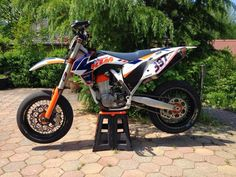 KTM supermotard racing