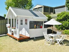 Building your little one a playhouse in the backyard will surely make them happy. There are a few things you should know before you build a playhouse for kids. Kids Outdoor Play, Outdoor Play Areas, Kids Play Area, Outdoor Playground, Backyard For Kids, Outdoor Spaces, Cubby House Plans, Kids Cubby Houses, Kids Cubbies