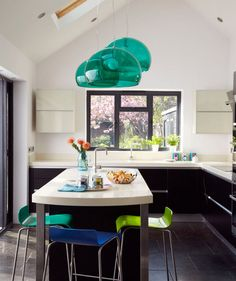 10 Amazing Kitchen Decorating Ideas - Recycle Art