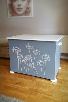 Silver cow Parsley cut in grey blanket box. Personal inscription on inside of lid in concentric circles. blanket box, cnc, interior, interior design, home decor, carved blanket box, carved storage box