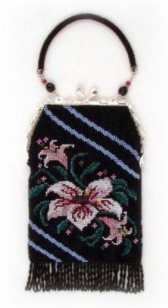 Lily ( Crocheted Beaded Purse Pattern ) PDF Digital Download. via Etsy -  beadwoven purse