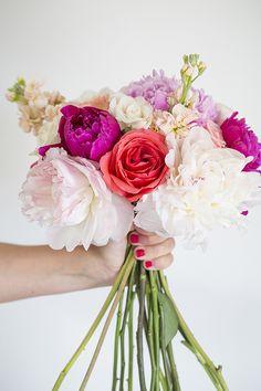 Bloominous | Photo by Scott Clark Photo | Read more - http://www.100layercake.com/blog/?p=73771