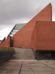 Alvar Aalto, University of Technology, Otaniemi, Finland (1949-1966)