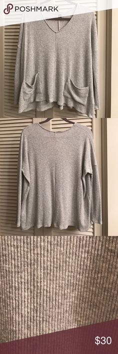 Oversized BDG Sweater Comfortable, cute oversized sweater. BDG. Size Medium. Heather grey. Relaxed fit. Hardly ever worn. Like new! BDG Sweaters