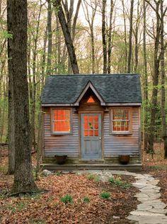 Stylish Sheds and Elegant Hideaways: Big Ideas for Small Backyard Destinations - Debra Prinzing - Google Books (Amy Bloom's writing shed.)