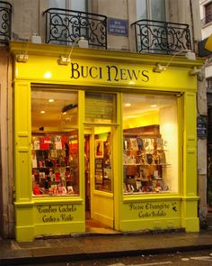Charming store fronts, cafes and pubs витрина, кофе. Shop Interior Design, Store Design, Storefront Signs, Shop Facade, Shop Work Bench, Shops, Shop Fronts, Shop Front Design, Shop Window Displays