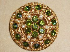RHINESTONE Brooch/Pendant GREEN Faceted Round DomedTextured Gold Tone Faux Pearl